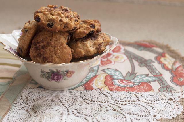 spiced sultana cookies