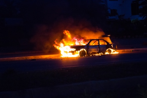 *source* DISCLAIMER : Not actually going to ever firebomb my car, nor do I suggest you do.